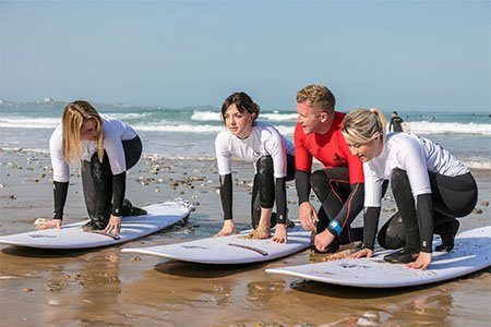corporate-team-building-surf-lesson-sss-mobile-surf-school-newquay-cornwall